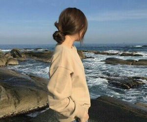 girl, sea, and aesthetic image
