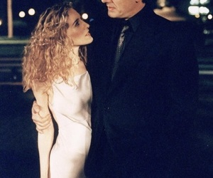 Carrie Bradshaw, mr. big, and show image