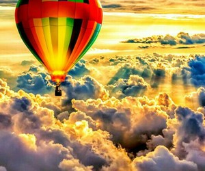 облака, небо, and воздушный шар image