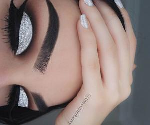 eyes, brillo, and makeup image