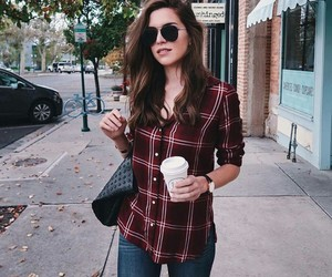 jeans, outfit, and camisola image