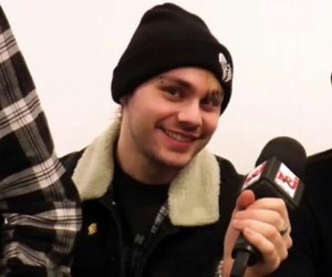 icon, 5sos, and michael clifford image