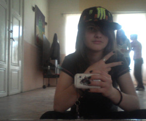 lina ayuzawa and monster energy cap image