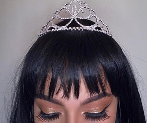 crown and goals image