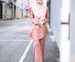 hijab, modesty, and islamic fashion image