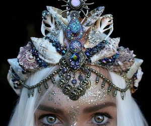 accessories, crown, and sparkle image