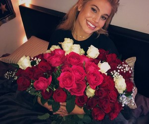 meredith mickelson and roses image