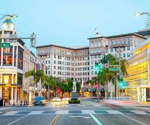 city, la, and luxury image