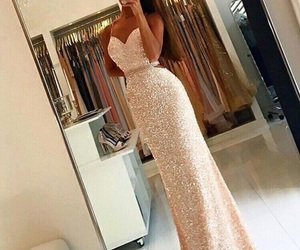 dress, beauty, and Prom image