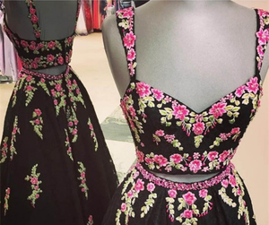 prom dresses, black prom dresses, and floor-length prom dresses image