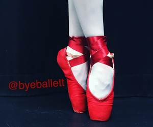 ballerina, red, and toetipshoes image