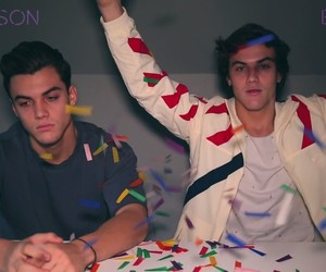 ethan, grayson, and dolantwins image