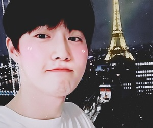 background, kim junmyeon, and homscreen image