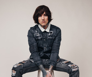 drop dead and oliver sykes image