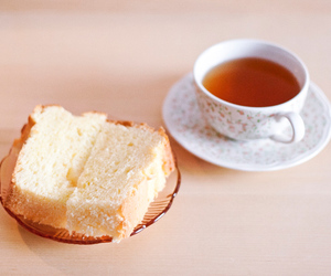 bread, cake, and tea image