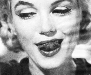 Marilyn Monroe, black and white, and sexy image