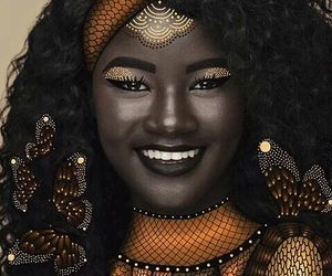 art, stunning, and melanin queen image