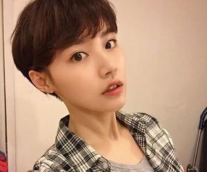 girl, haircut, and hairstyle image