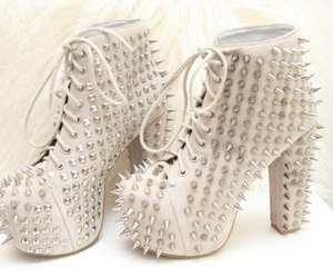 fashion, nice look, and spikes image