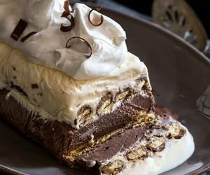 cake, Twix, and icebox cake image