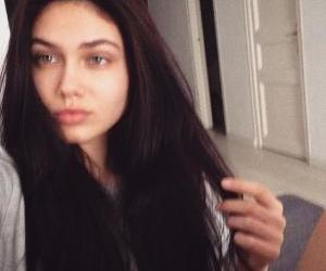 fashion, instagram, and vika bronova image