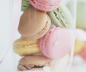food, cute, and macarons image