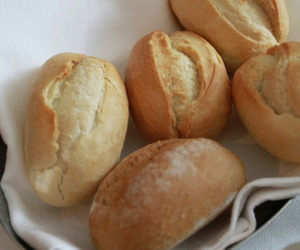 bread and food image