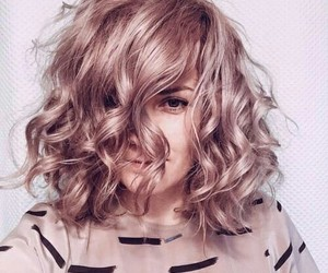hair, fashion, and pink image