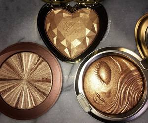 makeup, gold, and highlighter image