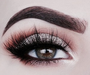 amazing, eyebrows, and eyeshadow image