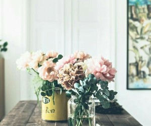 cottage, decor, and flowers image