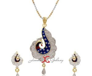 pendant set, pendant set online, and pendant set for women image
