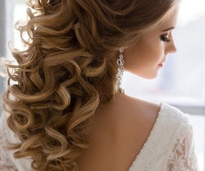 curly hair, hairstyles, and hair colors image