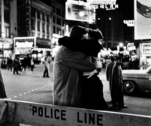 black and white, city, and romance image