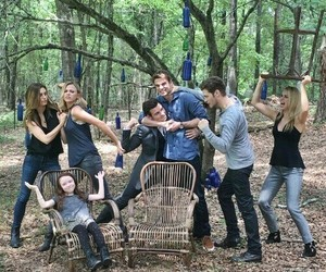 The Originals, family, and phoebe tonkin image