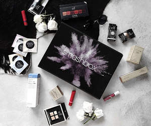 beauty, giveaway, and fashionblogger image