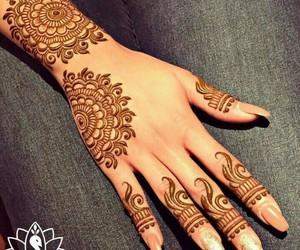 mehndi, henna, and hena image