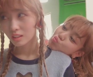 kpop, momo, and twice image