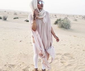 safari hijab style, hijab in the desert, and safari hijabi girls image
