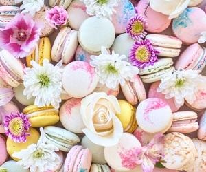 dessert, flowers, and macaron image