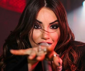 soy, lali esposito, and soy tour image