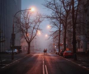 couple, city, and grunge image
