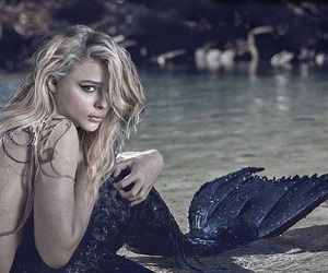 mermaid and chloe grace moretz image