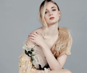 beauty, Marvel, and sophie turner image
