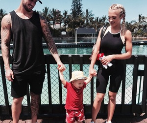 couple, family, and tammy hembrow image