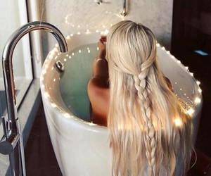 bath, bathroom, and blonde image