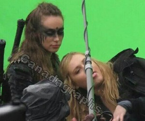 lexa, the 100, and clarke griffin image