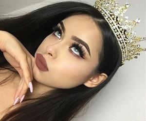 beauty, makeup, and Queen image