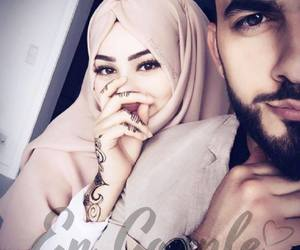 lové, couple, and hijab image