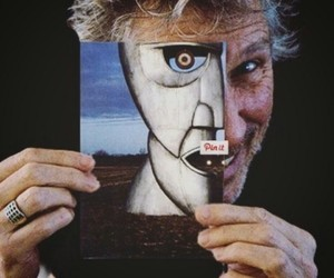 roger waters, Pink Floyd, and the division bell image